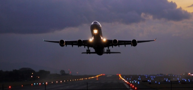 Airplane_Takeoff-976451-edited.jpg